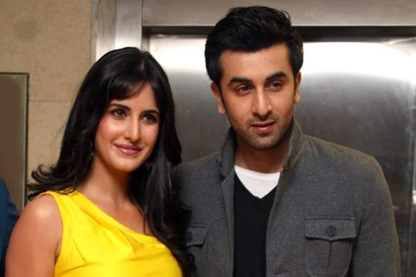 Ranbir Kapoor and Katrina Kaif announce marriage   Zee Cinema